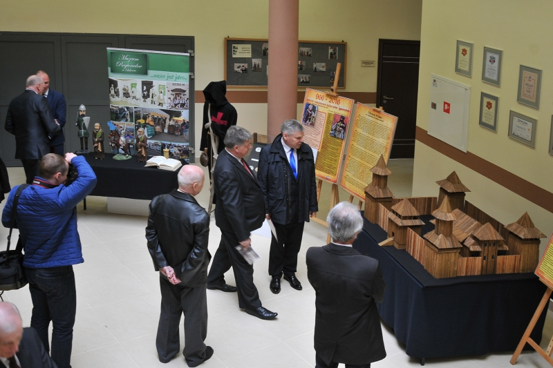 Wystawa z okazji 1050 rocznicy Chrztu Polski
