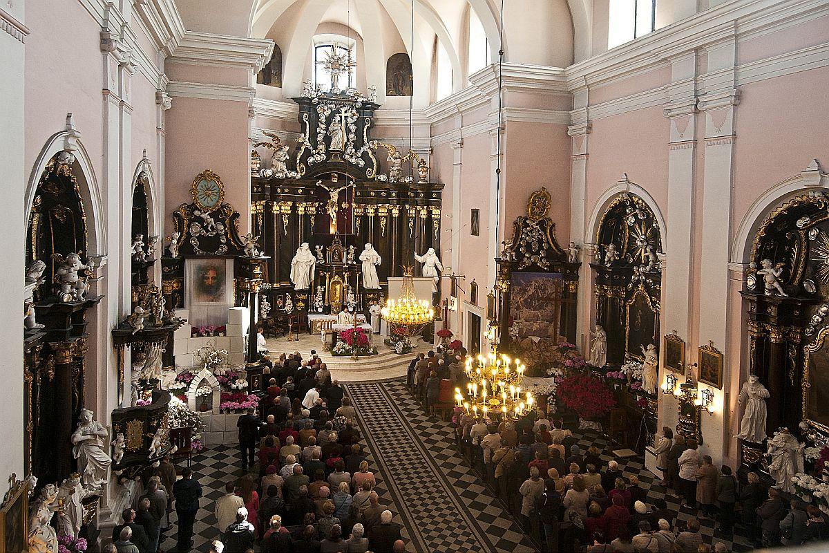 Wystawa jubileuszowa z okazji 100-lecia istnienia Parafii Podwyższenia Krzyża Świętego w Łukowie